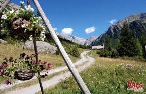Hiking Vars